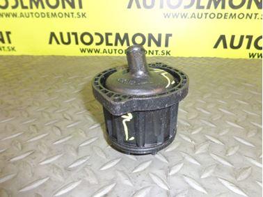 020612002 - Oil separator