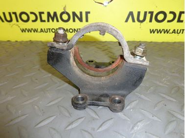 Left axle shaft holder & bracket XS7W3K305AC - Ford Mondeo MK3 2002 hatchback 2.0 TDDi 85 kW