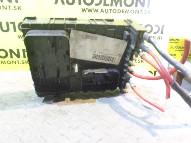 1k0937124k 1k0937124h fuse box vw caddy 2004 2005. Black Bedroom Furniture Sets. Home Design Ideas