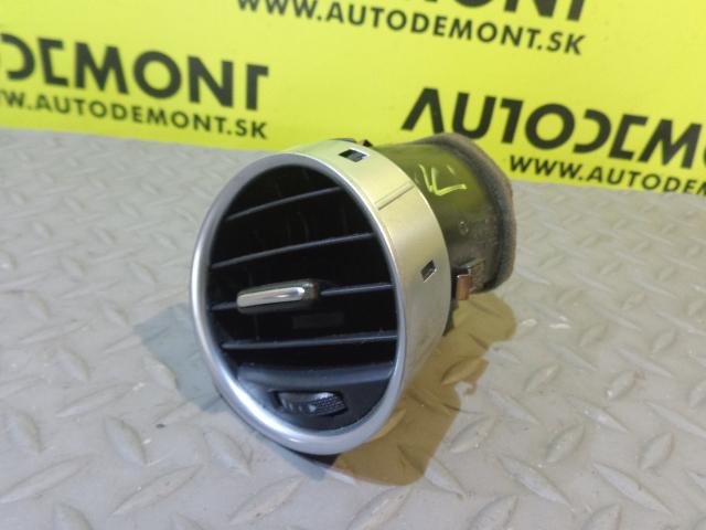 8H0820951D - Middle air vent - Audi A4 Cabriolet 2003 - 2009