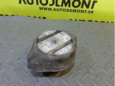 Gearbox holder & mount & bracket 4B0399151M - Audi A6 C6 4F 2005 Limousine Quattro 3.0 TDI 165 kW BMK GZW