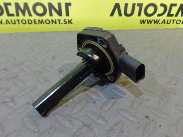 Engine oil level sensor 06e907660 audi a6 c6 4f 2005 for Audi a6 motor oil