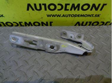 Front hood right hinge 8E0823302E 8E0823302F - Audi A4 B6 8E 2002 Avant 1.9 Tdi 74 kW AVB ENW
