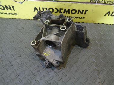 Power steering pump bracket 059145169P - Audi A6 C6 4F 2006 Avant Quattro 3.0 TDI 165 kW BMK HKG