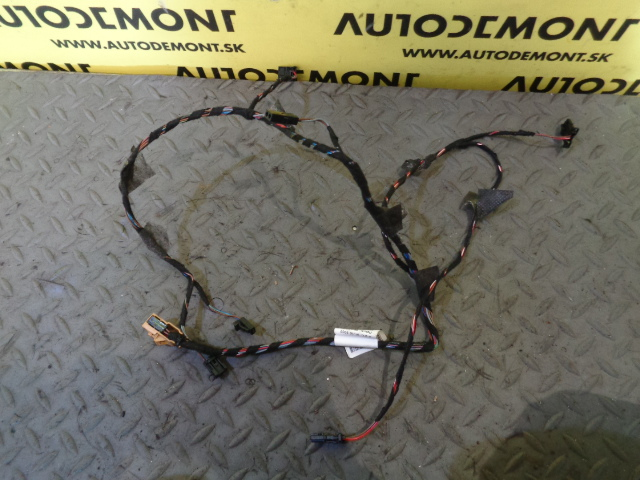 Rear Door Wiring Harness 7L6971693E - Volkswagen VW Touareg 7L 2005 Vw Touareg Wiring Harness on vw wiring diagrams, dual car stereo wire harness, 2001 jetta dome light harness, vw headlight wiring, vw coil wiring, vw wiring kit, vw beetle carburetor wiring, 68 vw wire harness, vw alternator wiring, vw bus wiring location, vw ignition wiring, goldfish harness, figure 8 cat harness, vw starter wiring, besi harness, vw bus regulator wiring, vw engine wiring,