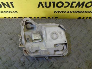 8E9945257B - rear left bulb holder - Audi A4 Avant 2005 - 2008