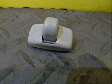443857562B - Sun visor holder - Audi 100 1991 - 1994 A4 1995 - 2001 A6 1995 - 1997 A8 1994 - 1999