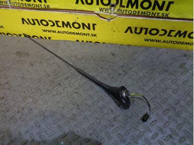 Antenna 4B9051505 - Audi A4 B5 8D 2000 Avant 1.9 Tdi 85 kW AJM DUK