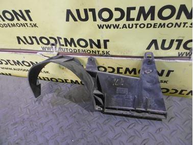 Left holder for rear bumper & bracket 4Z7825217 4Z7825217A - Audi A6 C5 4B 2003 Allroad Avant Quattro 2.5 TDI 132 kW AKE EYJ