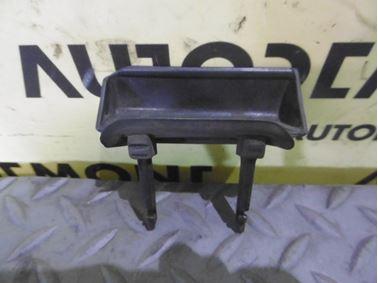 8D9827778B - Rear trunk opener handle