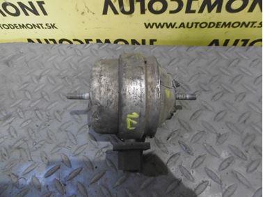 Engine holder & mount & bracket 4B0199379E 4B0199379A - Audi A6 C5 4B 2003 Allroad Avant Quattro 2.5 TDI 132 kW AKE EYJ