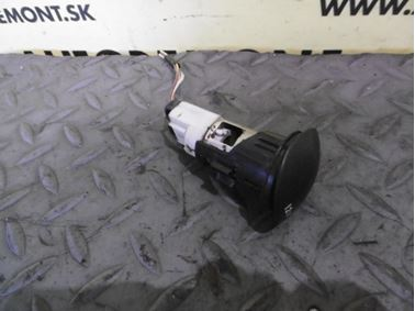 12 V Power Outlet 7394 * - Peugeot 307 2003  2.0 HDi 66 kW