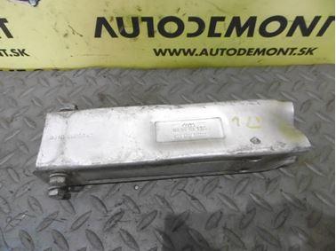 Left holder & bracket for front bumper  4F0807133 - Audi A6 C6 4F 2008 Avant Quattro S - Line 3.0 Tdi 171 kW ASB KGX