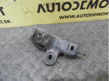Left holder for rear bumper & bracket 4F9807897A - Audi A6 C6 4F 2008 Avant Quattro S - Line 3.0 Tdi 171 kW ASB KGX