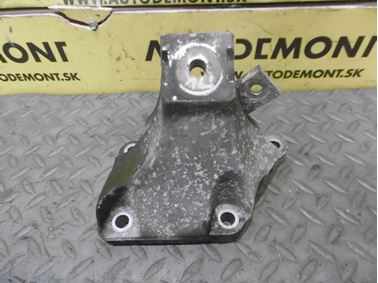 Engine holder & mount & bracket 4F0199308AB - Audi A6 C6 4F 2008 Avant Quattro S - Line 3.0 Tdi 171 kW ASB KGX