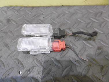 Interior lights 8D0947415 - Audi A6 C6 4F 2008 Avant Quattro S - Line 3.0 Tdi 171 kW ASB KGX