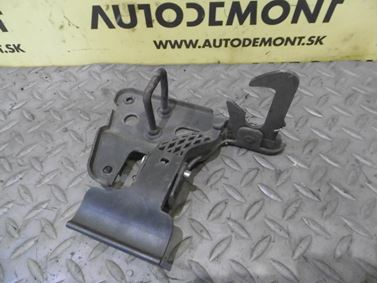 Front hood lock 4F0823480B - Audi A6 C6 4F 2008 Avant Quattro S - Line 3.0 Tdi 171 kW ASB KGX