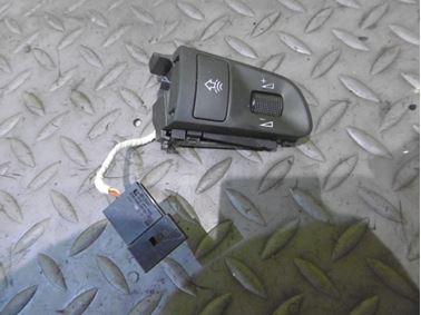 Multifunction wheel switch & button 4F0951527D - Audi A6 C6 4F 2008 Avant Quattro S - Line 3.0 Tdi 171 kW ASB KGX