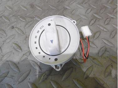 Sunroof potentiometer 8E0959613A - Audi A6 C6 4F 2008 Avant Quattro S - Line 3.0 Tdi 171 kW ASB KGX