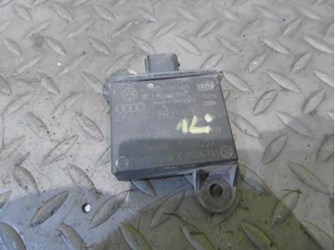 Transmitter For Tyre Pressure Control 4F0907283 - Audi A6 C6 4F 2008 Avant Quattro S - Line 3.0 Tdi 171 kW ASB KGX