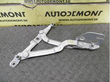 3B5827302A 3B5827302B - Right hinge for rear trunk - VW Bora Limousine 1999 - 2005, Passat Limousine 1997 - 2005, Audi A4 Limousine 1995 - 2001, A4/S4/Quattro Limousine 1995 - 2001