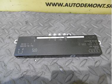 Aerial antenna amplifier 4F9035225D - Audi A6 C6 4F 2006 Avant Quattro 3.0 TDI 165 kW BMK HVE