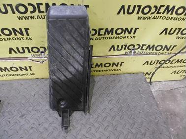 Foot rest cover 4F1864777A - Audi A6 C6 4F 2006 Avant Quattro 3.0 TDI 165 kW BMK HVE