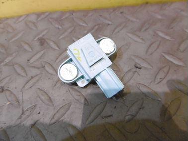 Airbag crash sensor 4F0955557 4F0955557A - Audi A6 C6 4F 2006 Avant Quattro 3.0 TDI 165 kW BMK HVE