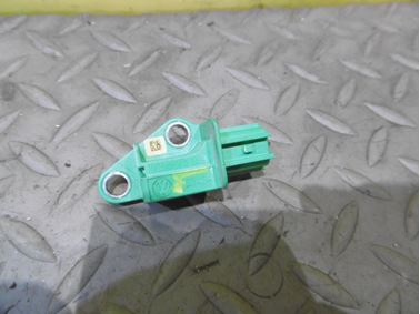 Airbag crash sensor 1K0909606C - Audi A6 C6 4F 2006 Avant Quattro 3.0 TDI 165 kW BMK HVE