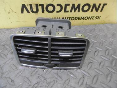 Rear Air Vent 4F0819203B - Audi A6 C6 4F 2006 Avant Quattro 3.0 TDI 165 kW BMK HVE