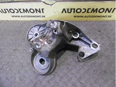 Engine holder & mount & bracket 4F0199351H 4F0199351S - Audi A6 C6 4F 2006 Avant Quattro 3.0 TDI 165 kW BMK HVE