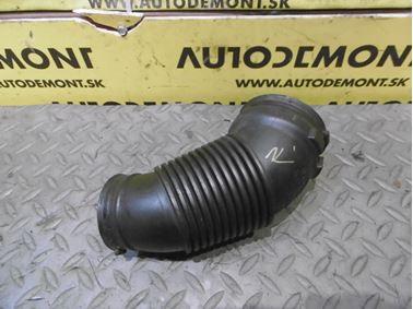Air intake hose 4F0129615G - Audi A6 C6 4F 2006 Avant Quattro 3.0 TDI 165 kW BMK HVE