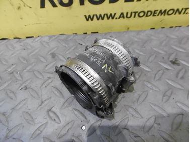 Pressure hose 4F0145979A - Audi A6 C6 4F 2006 Avant Quattro 3.0 TDI 165 kW BMK HVE