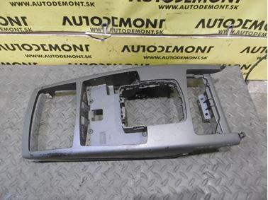 Middle panel 4F1864261H - Audi A6 C6 4F 2006 Avant Quattro 3.0 TDI 165 kW BMK HVE