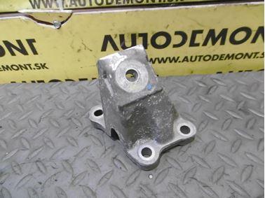 Engine holder & mount & bracket 4F0199307AA - Audi A6 C6 4F 2006 Avant Quattro 3.0 TDI 165 kW BMK HVE
