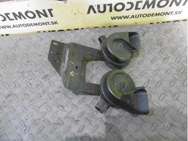 Horns 4F0951221 4F0951223 4F0951229 - Audi A6 C6 4F 2006 Avant Quattro 3.0 TDI 165 kW BMK HVE