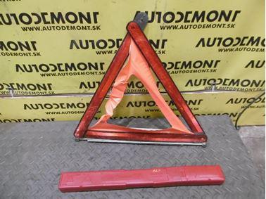 Hazard Triangle 7L0860251 - Audi A6 C6 4F 2006 Avant Quattro 3.0 TDI 165 kW BMK HVE