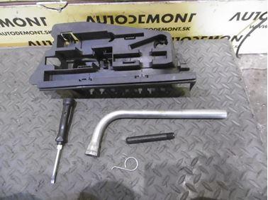 Tool Kit 4F5012111 8N0012219 - Audi A6 C6 4F 2006 Avant Quattro 3.0 TDI 165 kW BMK HVE