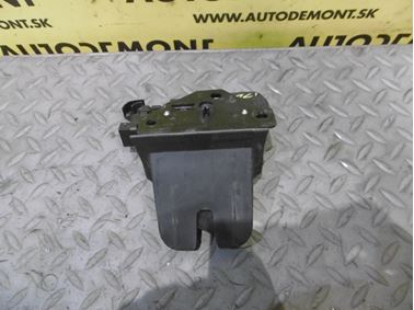 Rear trunk lock 4F9827520B 8P4827505B - Audi A6 C6 4F 2006 Avant Quattro 3.0 TDI 165 kW BMK HVE