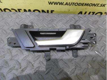 Rear right door handle 4F0839020D - Audi A6 C6 4F 2006 Avant Quattro 3.0 TDI 165 kW BMK HVE