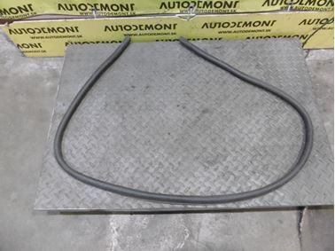 Front hood weather stripping seal 4F0823731 4F0823731A - Audi A6 C6 4F 2006 Avant Quattro 3.0 TDI 165 kW BMK HVE