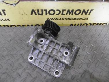 Alternator bracket 059903143K - Audi A6 C6 4F 2006 Avant Quattro 3.0 TDI 165 kW BMK HVE