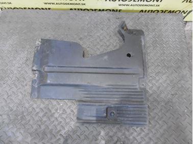 Right chassis cover 4F0825216A 4F0825216B 4F0825216F - Audi A6 C6 4F 2006 Avant Quattro 3.0 TDI 165 kW BMK HVE