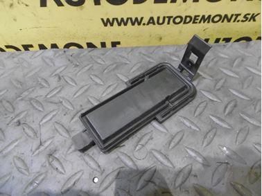Cabin air filter cover 4F0819422 - Audi A6 C6 4F 2005 Limousine Quattro 3.0 TDI 165 kW BMK GZW