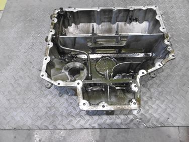 Oil sump 07Z103604E 07Z103601AP - Volkswagen VW Touareg 7L 2005  5.0 Tdi V10 230 kW BLE HAQ