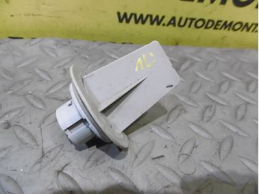 3B0953123C - Retainer for bulb holder - Audi A6 1998 - 2005 A6 Allroad 200 - 2005 VW Passat 2001 - 2005 Škoda Fabia 2000 - 2004