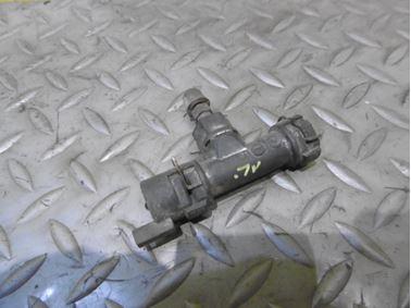 Clutch slave cylinder & Breather assembly 1J0721468B - Audi A3 8L 2002 5 - door 1.9 Tdi 96 kW ASZ DRW
