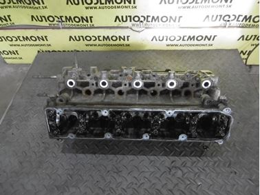 Cylinder head 9630377610 9634963010 R10710035 - Peugeot 307 2003  2.0 HDi 66 kW