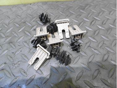 Door trim panel holders 1U0867260C - Skoda Octavia 1 1U 2003 Laurin & Klement 1.8 T 110 kW AUM FDC