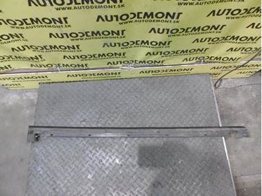 8D0837478 - Front right window seal - Audi A4 1995 - 2001